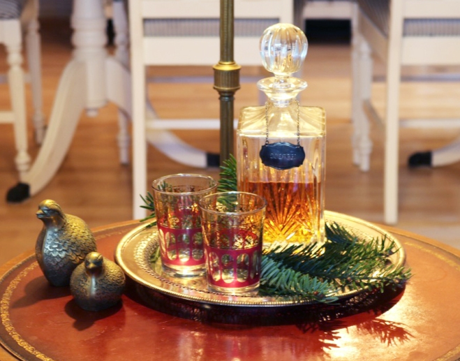 Vintage glasses and canister